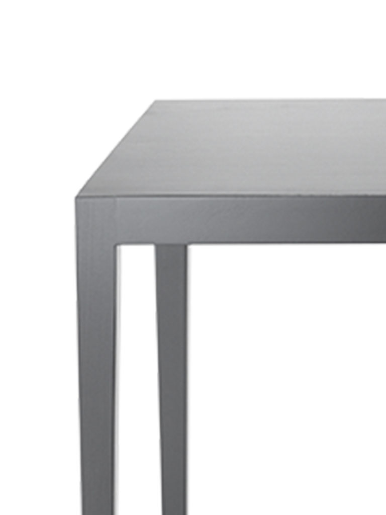 Kollektion.58 | Contract Table | schwarz gebeizt